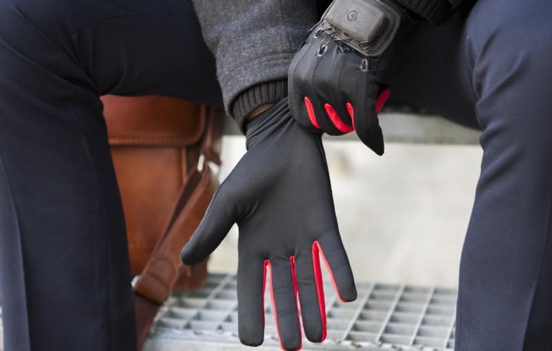 manus-machina-gloves-1